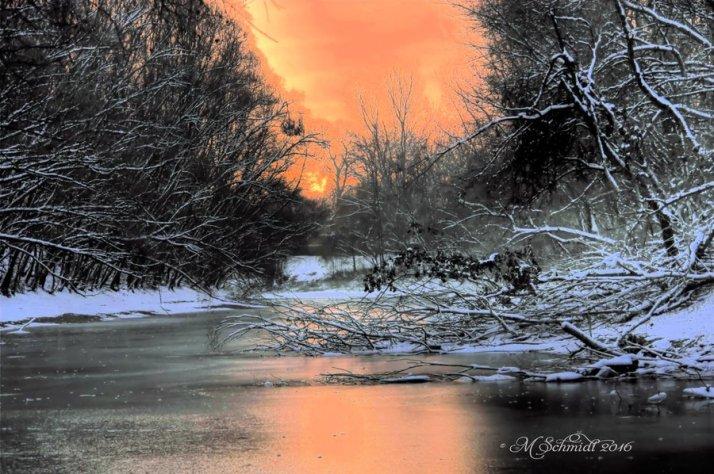 frozen_15dec2016_1_by_mschmidtartwork-dartuo5