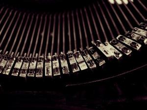 typewriter-1245894_640
