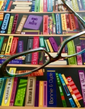 bifocals, bookstore, flash fiction